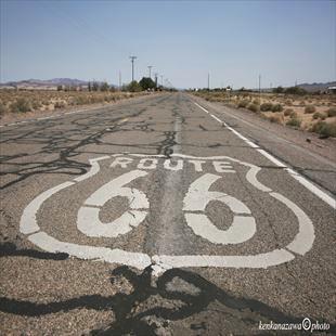 ルート66とアメリカ文化の逸話と魅力のイメージ
