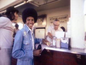 ピンックス・ホットドッグの常連だった、マイケルジャクソン